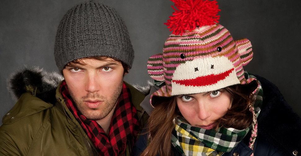 Нажимаем и смотри шапки и куртки на зиму